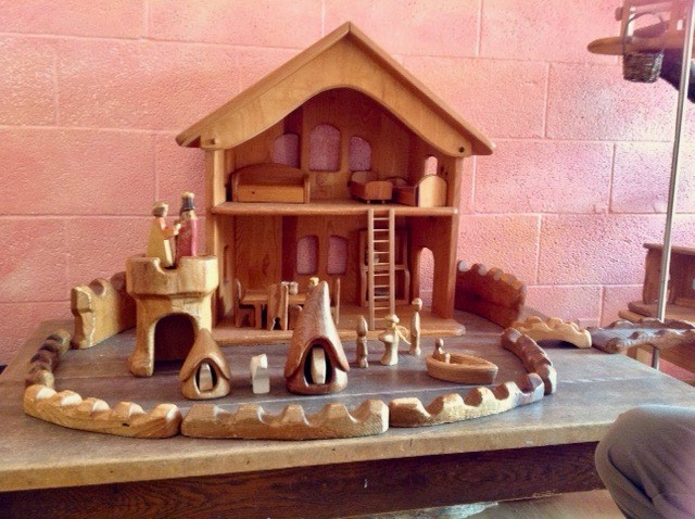 WoodenToy Castle